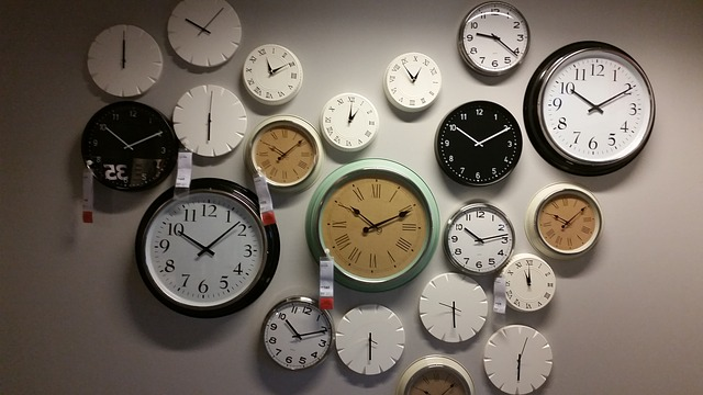6 wall clocks 534267 640